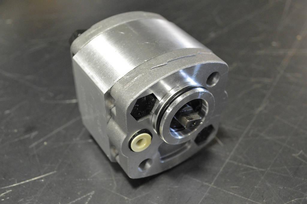Small AC power unit pump