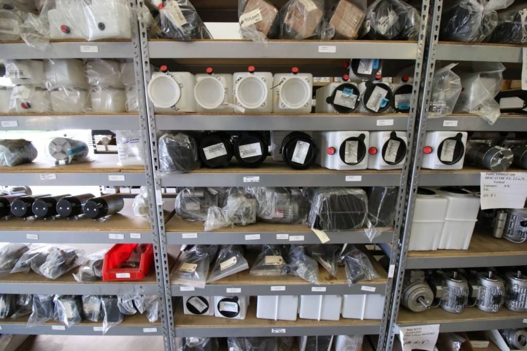 Hydraulic Reservoirs in Stock